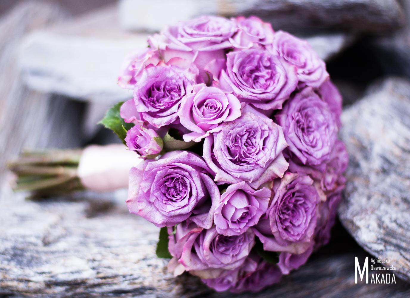 Bukiet ślubny z zimnych róż